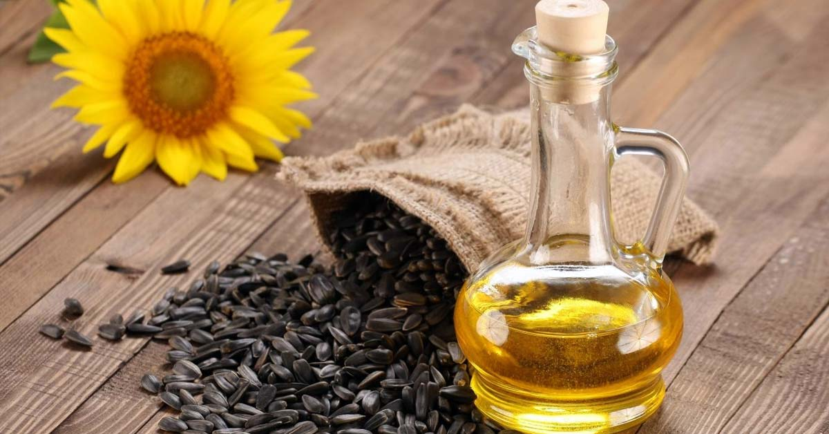 Essential Oil Effects on Stored Soybean and Sunflower Meal